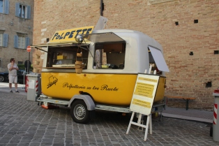 Street food cart during the Street Food Festival in Urbino, Italy. 2017.